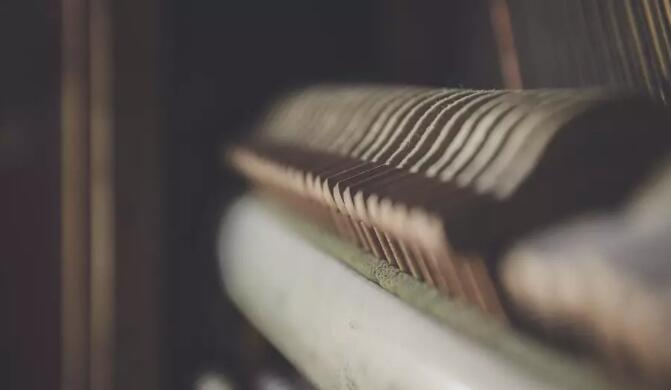 钢琴击弦机坏了怎么办
