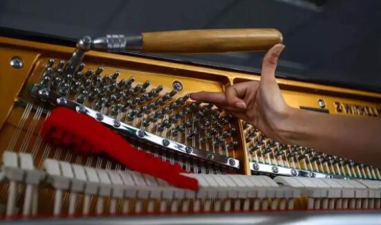 揭秘那些年你不知道的钢琴维修的秘密