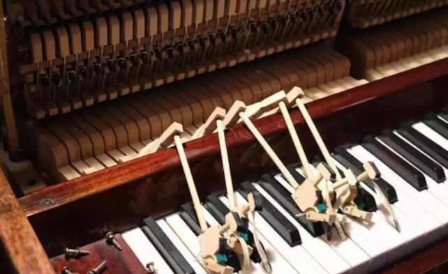 高温多雨的夏天,钢琴保养需要注意哪些细节?