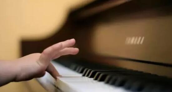 石家庄安联青年城暑期少儿钢琴培训班电话15830649179